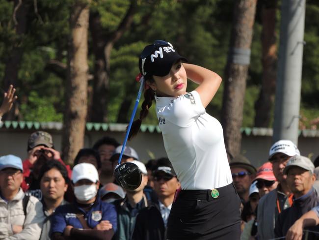 今季、セクシーゴルファーで人気のアン・シネ。韓国勢は多士済々だ。